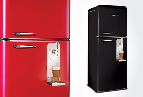NORTHSTAR REFRIGERATOR WITH BUILT-IN DRAFT BEER SYSTEM | Image