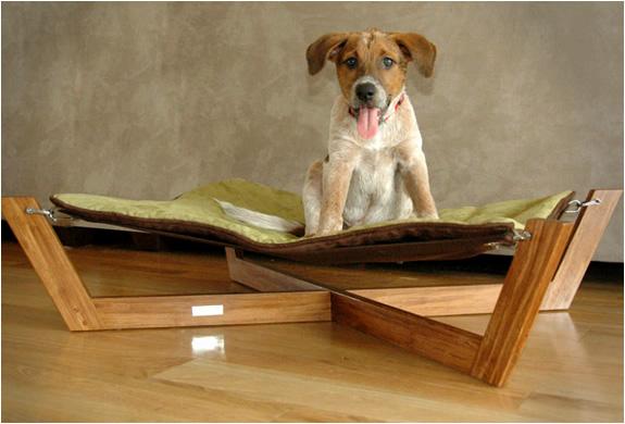 img_pet_bambu_hammock_2.jpg