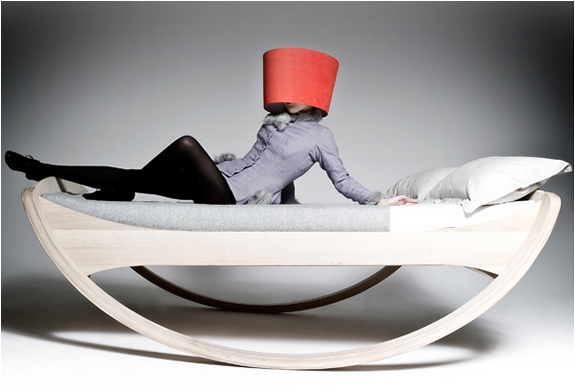 Private Cloud Rocking Bed | Image