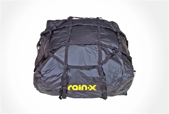 img_rainx_rooftop_cargo_bag_2.jpg