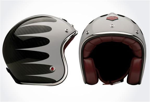 img_ruby_pavillon_helmets_3.jpg