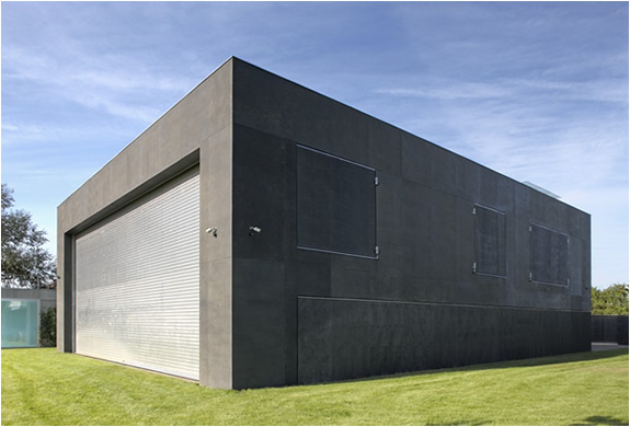 img_safe_house_kwk_promes_architects_2.jpg