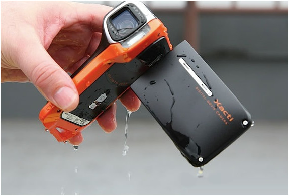 SANYO WATERPROOF CAMCORDER FULL HD | Image