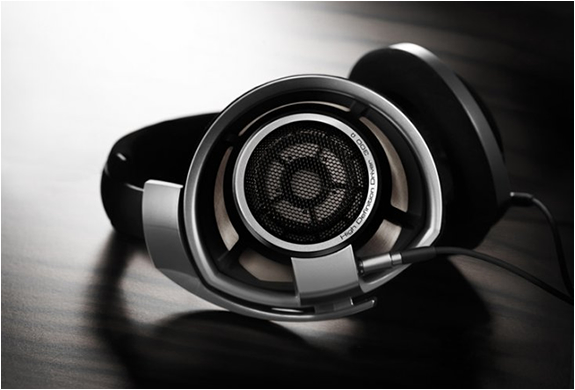 Sennheiser Hd 800 Headphones | Image