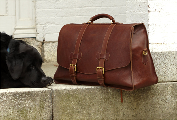 SIGNATURE CARRY ALL BAG | BY LOTUFF & CLEGG | Image
