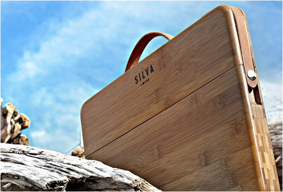 img_silvaltd_macbook_bamboo_case_3.jpg