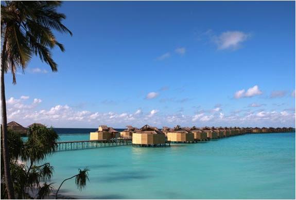 img_six_senses_resort_laamu_maldives_5.jpg