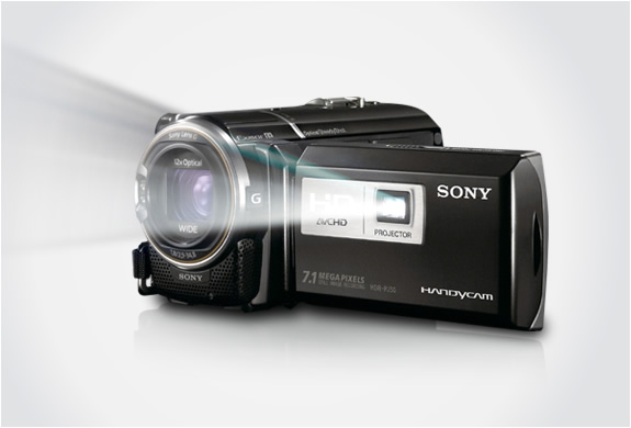 SONY HD CAMCORDER WITH PROJECTOR | Image