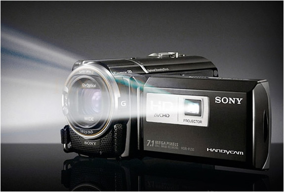 img_sony_hd_camcorder_projector_2.jpg | Image