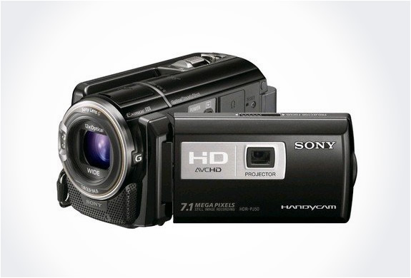 img_sony_hd_camcorder_projector_3.jpg | Image