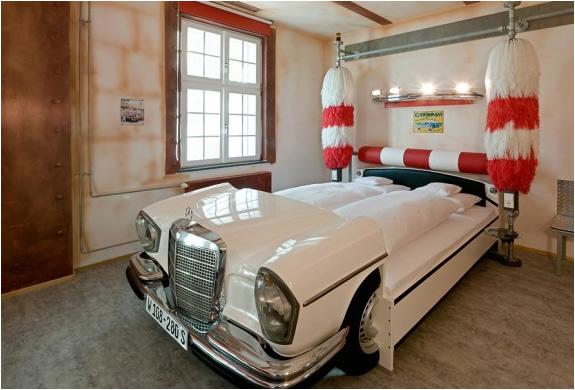 CRAZY V8 HOTEL | STUTTGART GERMANY | Image
