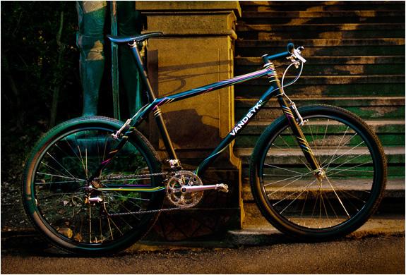img_vandeyk_contemporary_cycles_5.jpg