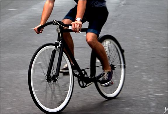 img_victor_bike_3.jpg
