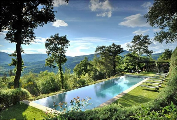 BREATHTAKING FARMHOUSE FOR RENT | TUSCANY ITALY | Image
