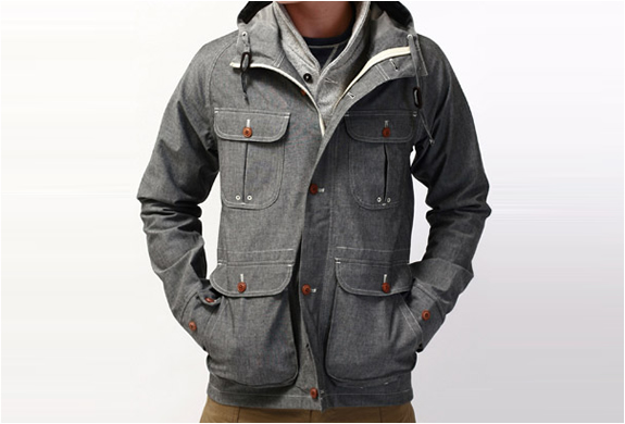 W+H WATERPROOF CHAMBRAY MOUNTAIN PARKA | Image