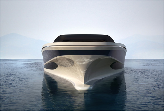 img_why_yacht_3.jpg