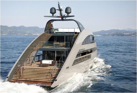 img_yachtplus_40_3.jpg