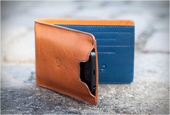 Wallet With Iphone 5 Case | By Danny P | Image