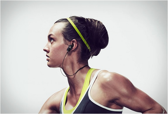 jaybird-freedom-wireless-earbuds-3.jpg | Image