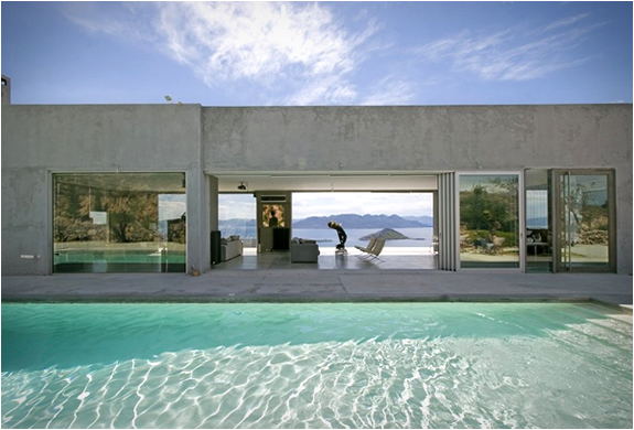 Residence In Greece | By Konstantinos Kontos | Image
