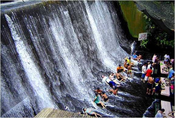 labassin-waterfall-restaurant-philippines-2.jpg | Image