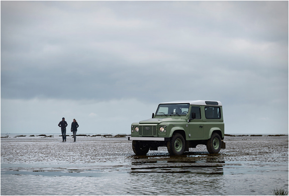 land-rover-defender-celebration-series-13.jpg