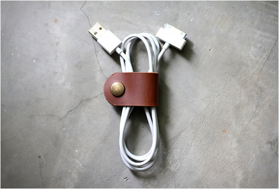 LEATHER CABLE BAND | Image