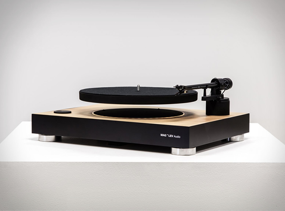 levitating-turntable-2.jpg | Image