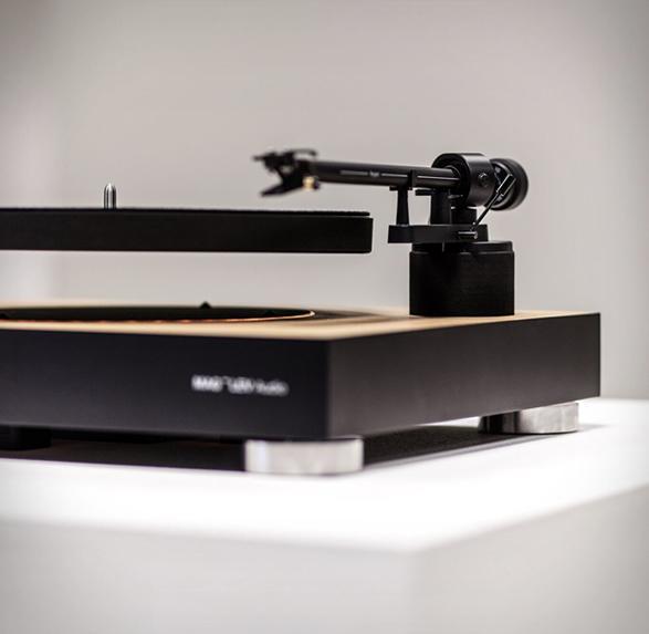 levitating-turntable-3.jpg | Image