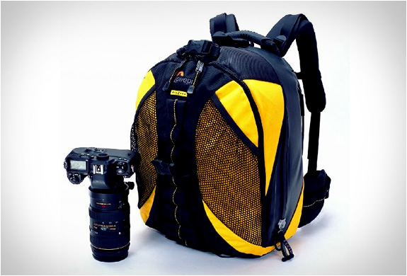 lowepro-dryzone-200-backpack-2.jpg | Image