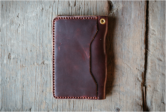 loyal-stricklin-loya-travel-wallet-2.jpg | Image