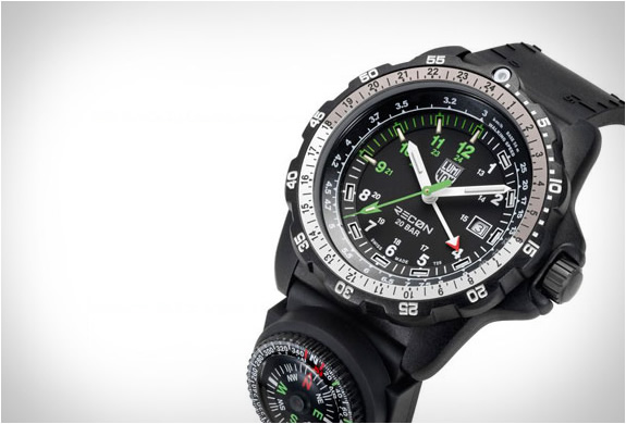 luminox-recon-nav-spc-watch-5.jpg | Image