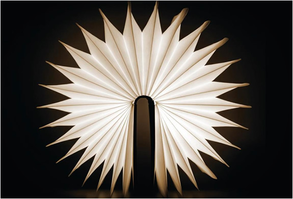 lumio-book-lamp-5.jpg | Image