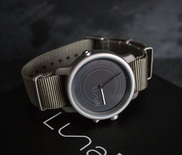 lunar-solar-powered-smartwatch-2.jpg | Image