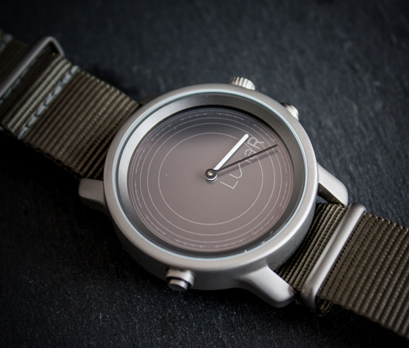 lunar-solar-powered-smartwatch-5.jpg | Image