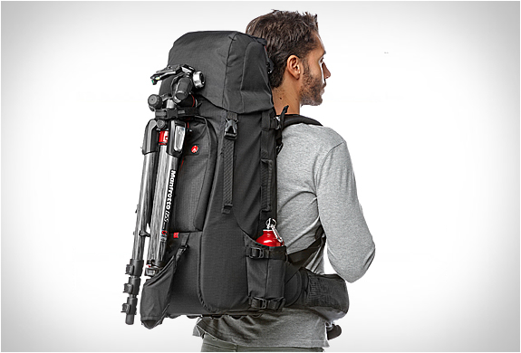 manfrotto-pro-light-camera-backpack-8.jpg
