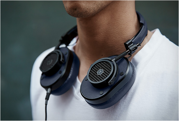 Master & Dynamic Mh40 Headphones | Image