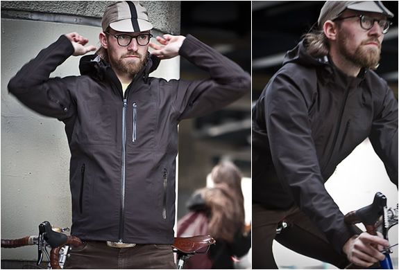 ORION | LIGHTWEIGHT WATERPROOF JACKET | Image