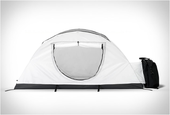MOEDAL & TOTEM BACKPACK TENT | Image