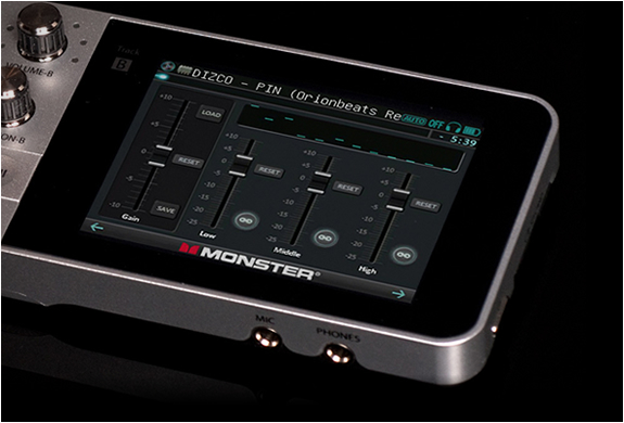 monster-go-dj-portable-mixer-9.jpg