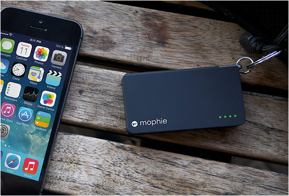 mophie-lightning-power-reserve-5.jpg | Image