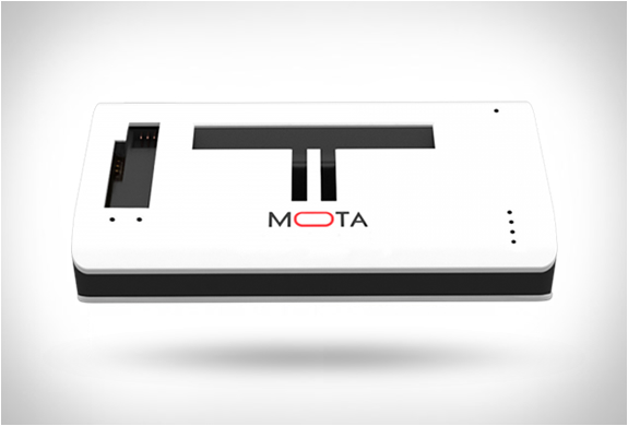 mota-gopro-wireless-charger-2.jpg | Image