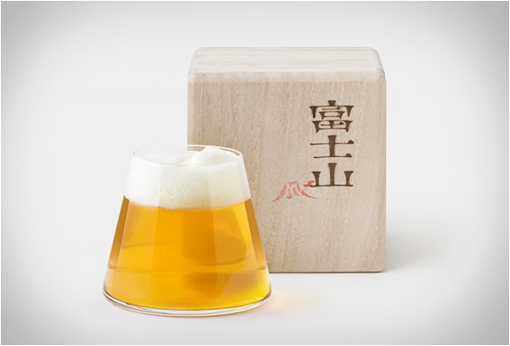mount-fuji-beer-glass-4.jpg | Image