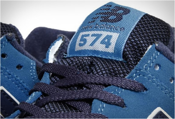 new-balance-574-blue-navy-4.jpg