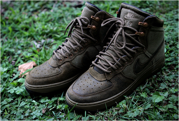 NIKE AIR FORCE 1 MILITARY | Image