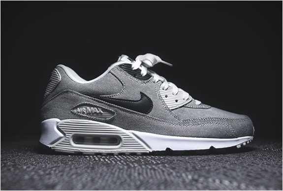 Cheap Nike Air Max 90 Women's Shoe. Cheap Nike