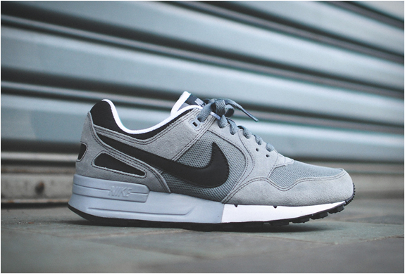 nike air pegasus 89 nd grey