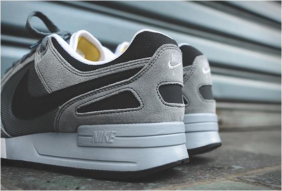 b34fb446fbff2 Nike Air Max Vision Premium Jordans Shoe Cleaner