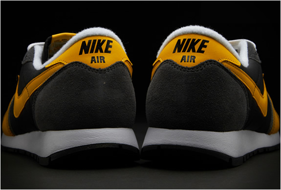 nike-air-vengeance-black-yellow-4.jpg | Image