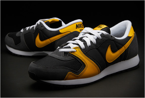NIKE AIR VENGEANCE | BLACK YELLOW | Image